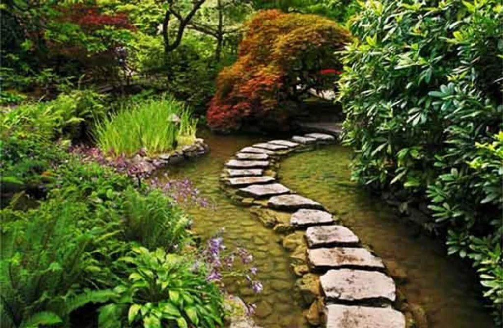 Оформление садовой дорожки