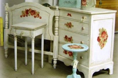 Декупаж старой мебели