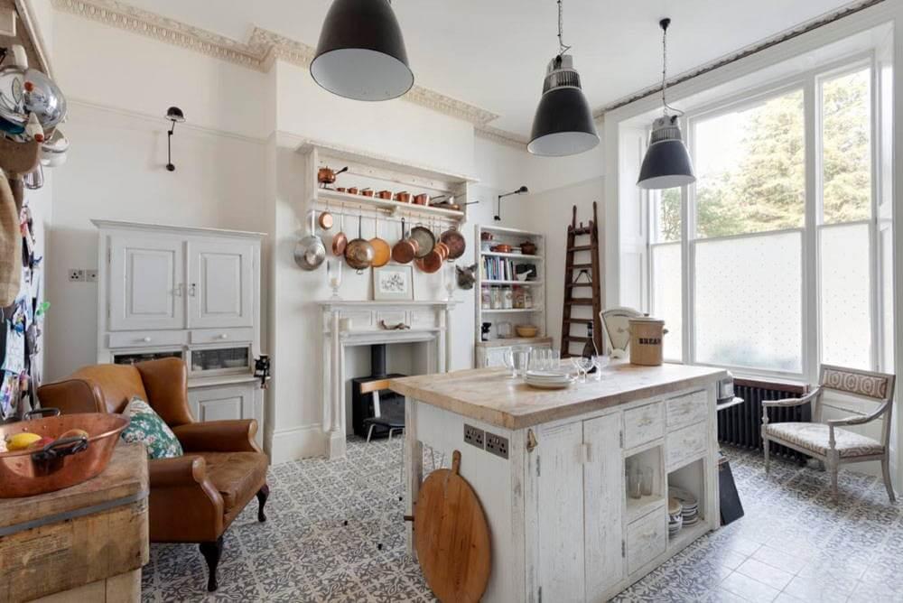 Кухня в стиле эклектики