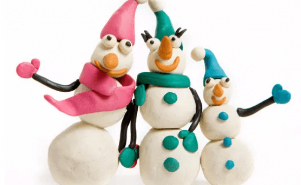 Новогодние игрушки из пластилина