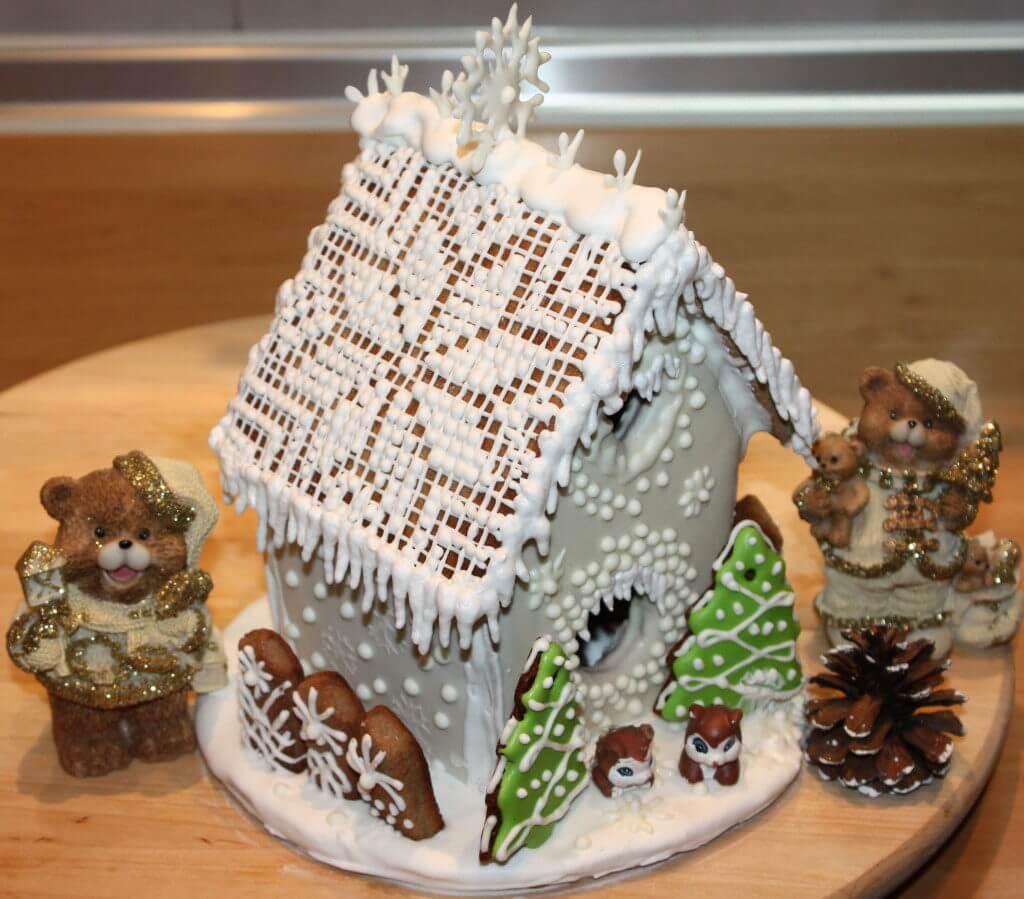 пряничный домик рецепт с фото пошагово картинки выпускает несколько лучей