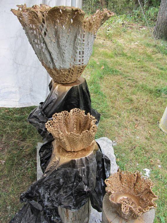 Кашпо из вязанных салфеток