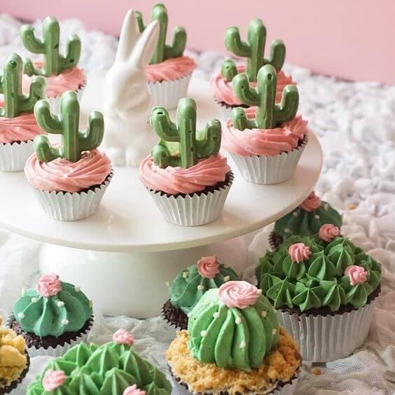 Цветочный капкейк - кактус