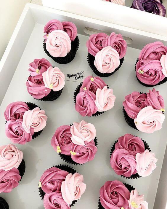 Идеи цветочных капкейков - розы