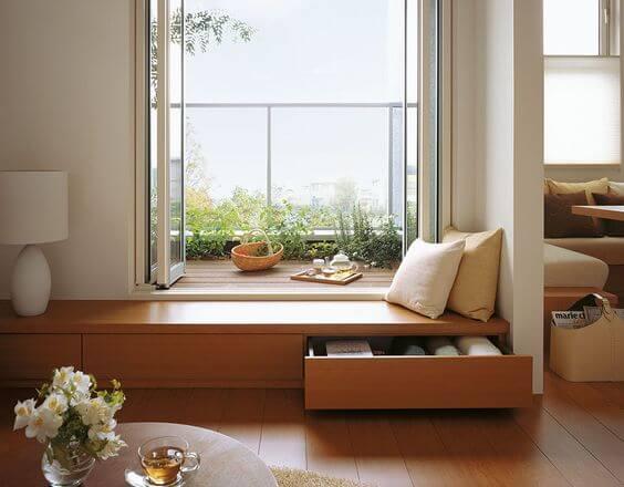 Зона отдыха у окна