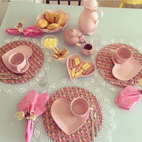 Сервировка стола на день влюбленных