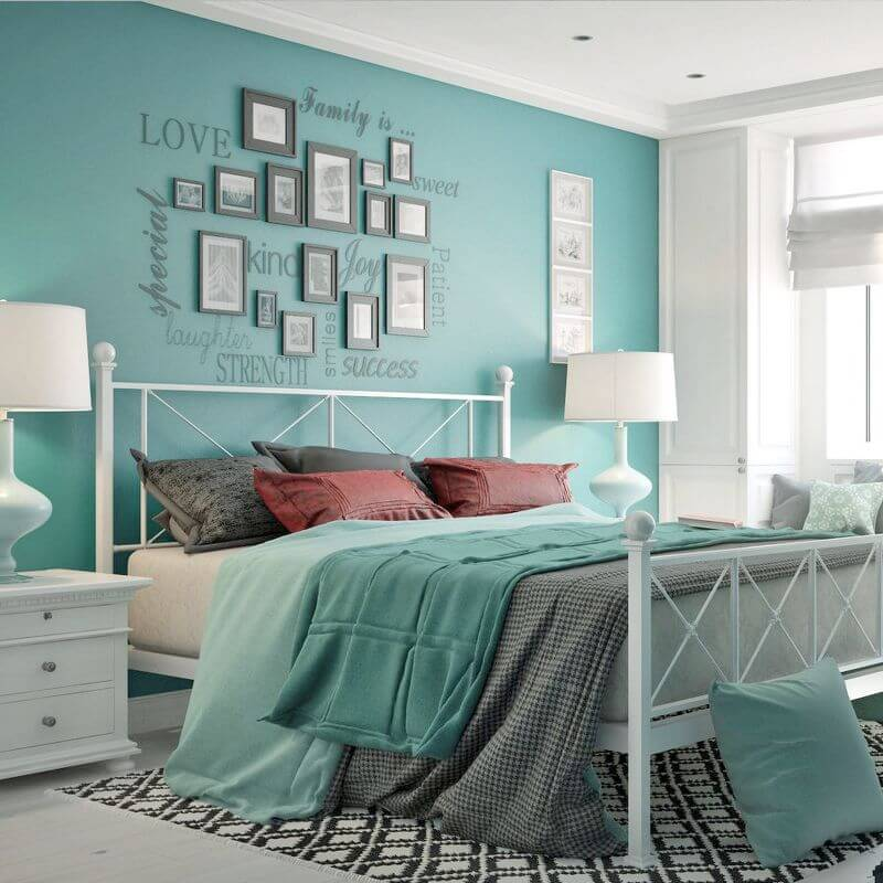 Спальня в бирюзовых тонах