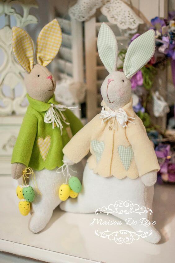 Текстильные пасхальные зайцы