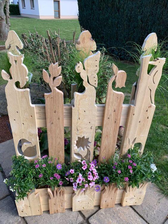 Фигурные заборы из дерева