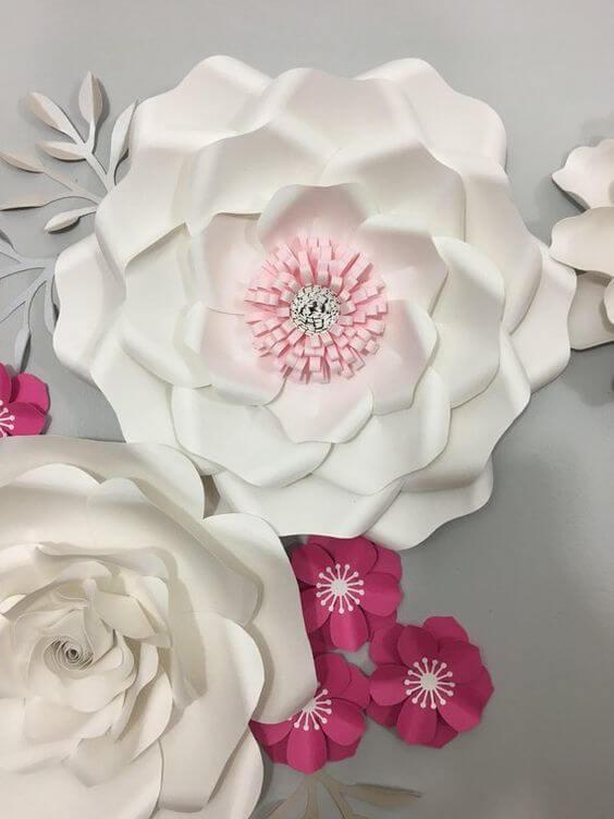 Декор из бумаги на стену